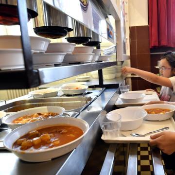 Újabb településeken indulnak gyermekétkeztetést szolgáló konyhafejlesztések
