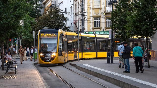 Változik a közösségi közlekedés menetrendje a fővárosban