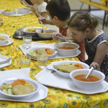 Cél, hogy évről évre egészségesebb ételeket tálaljanak a közétkeztetésben