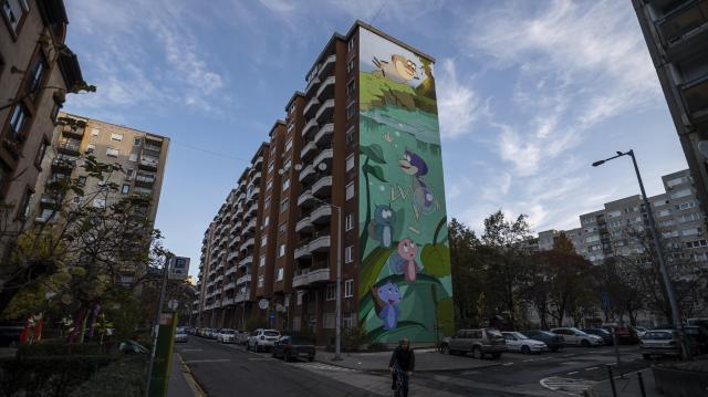 Elkészült a Vízipók-csodapók karaktereit ábrázoló tűzfalfestmény Józsefvárosban