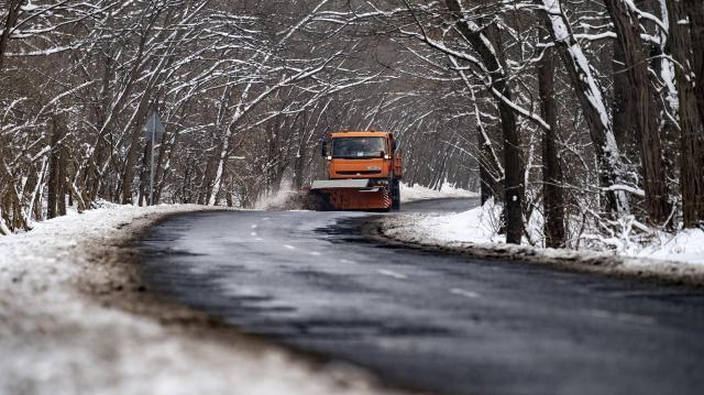 Elkezdődött a téli üzemmód a Magyar Közút Zrt.-nél