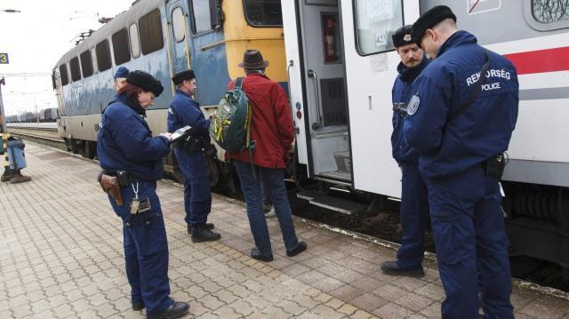 Fokozott vasúti ellenőrzést tartanak a rendőrök szerdától