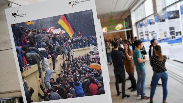 Lépéshatár címmel idézték fel Debrecenben a határnyitás 30 évvel ezelőtti eseményeit