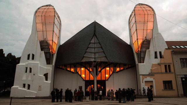 Makó építészeti emlékeit megörökítő grafikákból nyílik kiállítás a Tornyai-múzeumban