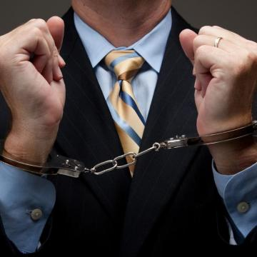 Öt év börtön járhat fenyegető üzenetekért és videókért