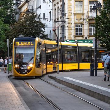 Pályafelújítás miatt változik a 17-es, a 61-es és az 59-es villamos közlekedése
