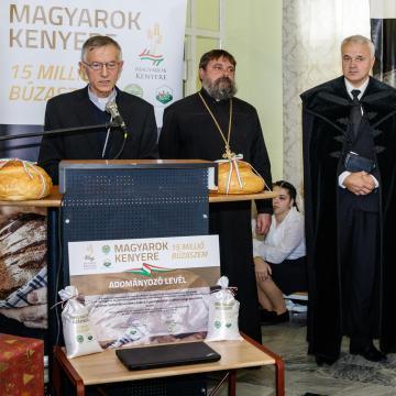 5700 Kárpát-medencei gazda fogott össze a Magyarok Kenyere programban