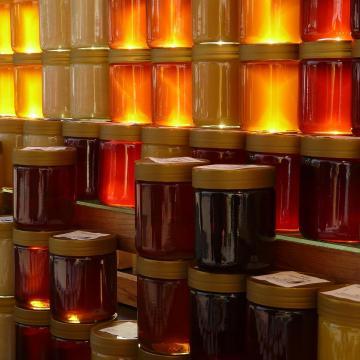 Egy év alatt húsz százalékkal csökkent a méz ára