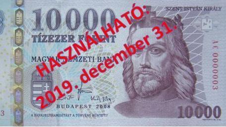 Év végéig lehet fizetni a régi tízezer forintosokkal