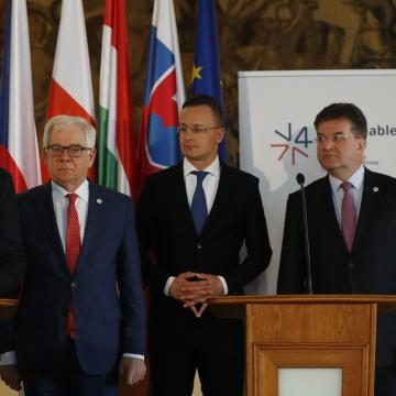 Nagyvárosi iparkamarák írtak alá megállapodást Debrecenben