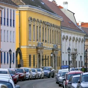 Szinte mindenütt ingyen lehet parkolni december 24-től újévig Budapesten