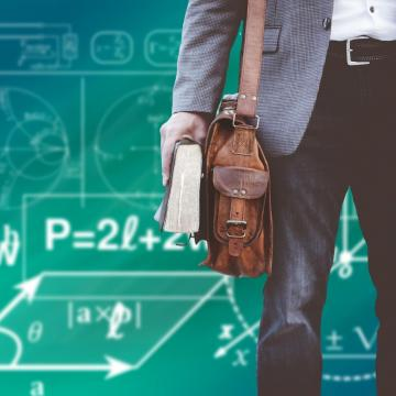 30 százalékos béremelés a szakképzésben dolgozó pedagógusoknak