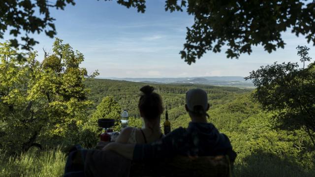 Átadták a Gerecse Natúrpark Látogatóközpontot Péliföldszentkereszten
