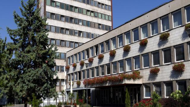 Lehet jelentkezni a külképviseleti voksolásra Dunaújvárosban