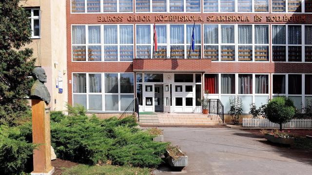 Megállapodást kötött az NI Hungary a szakképzési centrummal Debrecenben