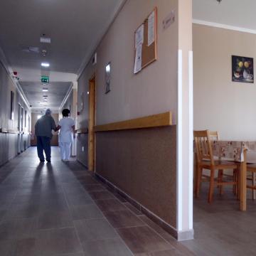 Megújult Pusztafalu idősek otthona és bővült könyvtára