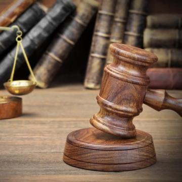 Vádat emeltek egy kalocsai rabló ellen