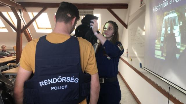 A rendőri hivatást népszerűsítették