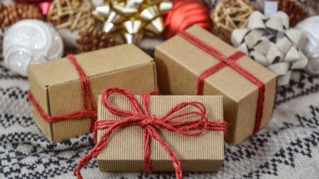 Egyre több helyen cserélik önkéntesen a félrement karácsonyi ajándékot