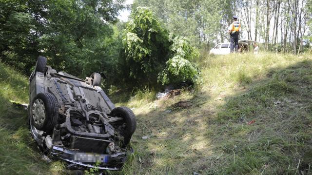 Két fiatal vesztette életét balesetben Püspökladány és Nádudvar között