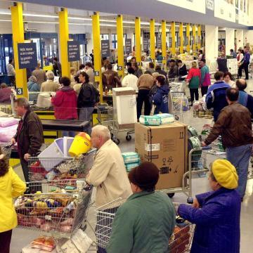 Már 77 hónapja emelkedik a kiskereskedelmi forgalom