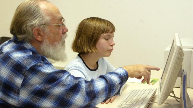 Már elérhető a nagyszülői gyed