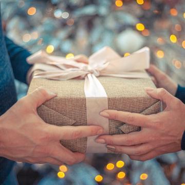 Rekord összeget költöttek a vásárlók idén decemberben