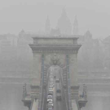 Elrendelték a szmogriadó tájékoztatási fokozatát Budapesten