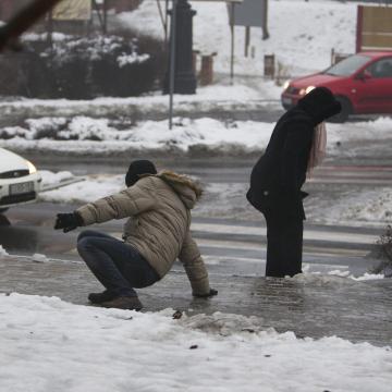 Ónos esőre figyelmeztetnek a fővárosban és több megyében