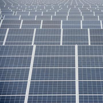 Vádat emeltek napelemtolvajok ellen