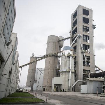 Jelentősen növelte bevételét és eredményét a királyegyházi cementgyár 2019-ben