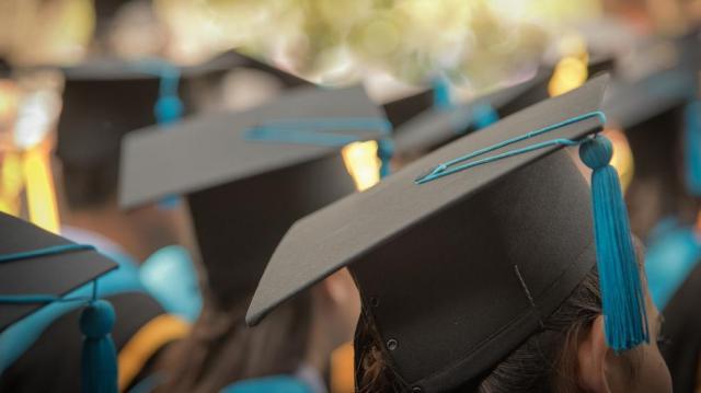 Emelkednek az egyetemi és főiskolai ösztöndíjak