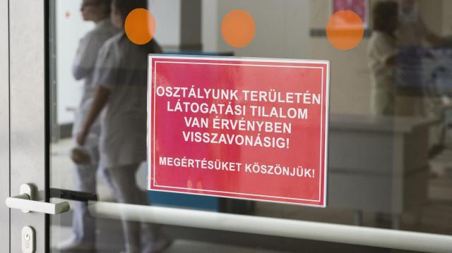 Látogatási tilalom van szerdától Kaposváron
