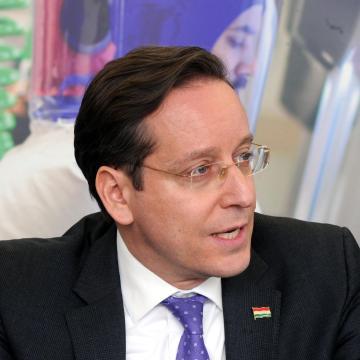 Rákossy Balázs: Indulnak a kis- és középvállalkozásokat segítő pályázatok