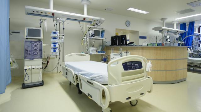 Saját forrásból korszerűsítette sebészeti szakrendelőit az egri kórház