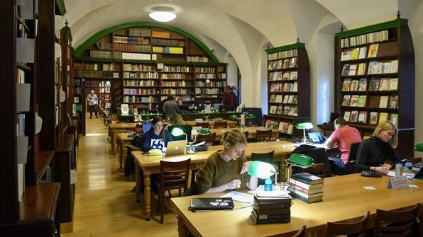 Százharminc éves Debrecen első nyilvános könyvtára