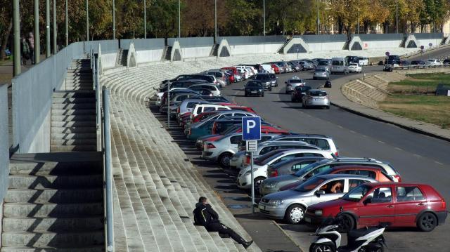 Az automatáknál is elérhető a percalapú parkolás Szegeden