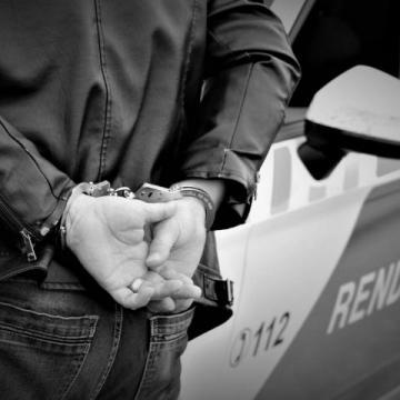 Letartóztatásban a feleségét ántalmazó férfi