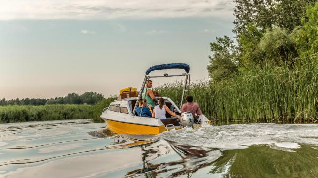 Megnyitották a turisztikai szezont a Tisza-tónál