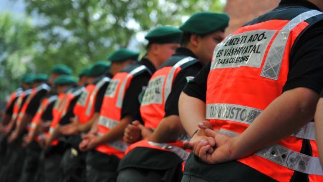 Milliárdos áfacsalás gyanúsítottjai ellen javasol vádemelést a NAV