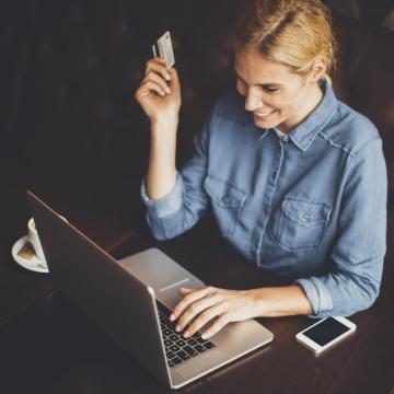 Mobilszámra vagy e-mailre is utalható pénz, ami öt másodpercen belül garantáltan megérkezik