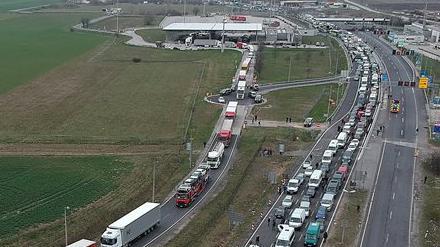 Egyszeri átutazást tettek lehetővé a román és a bolgár állampolgároknak