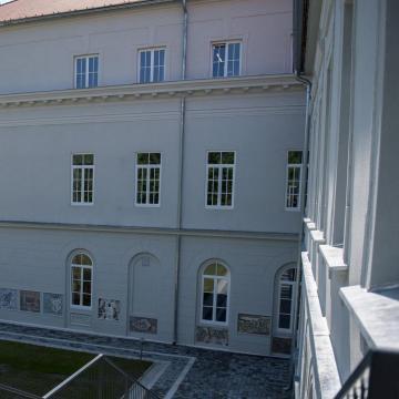 Elhalasztják a Pécsi Tudományegyetem nemzetközi estjét