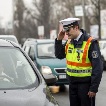 Fokozott ellenőrzést rendelt el az egész országban a rendőrfőkapitány