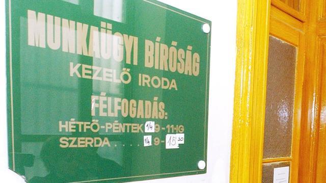 Március 31-jével megszűnnek a közigazgatási és munkaügyi bíróságok