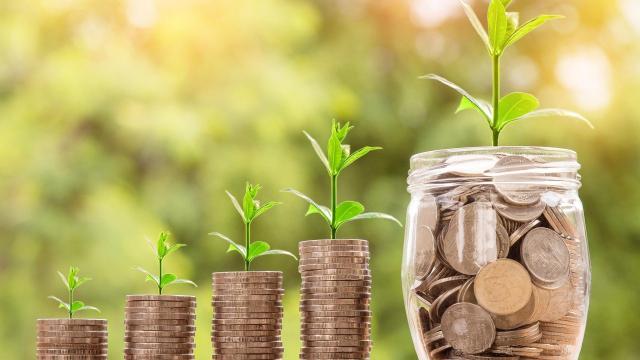 Pozitívan fogadták a bejelentett gazdaságvédelmi intézkedéseke