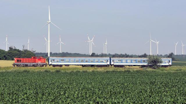 Visszaáll az ütemes menetrend a szegedi vasútvonalon