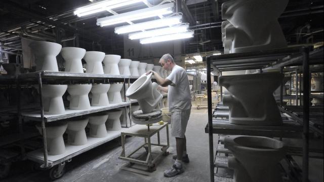 Leállítják a termelést a Villeroy & Boch hódmezővásárhelyi gyárában