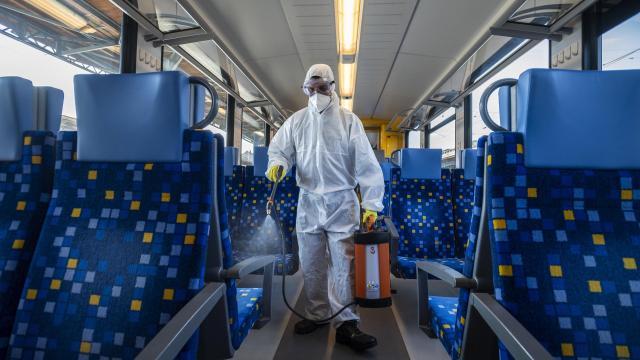 MÁV: a teljes járműparkot napi szinten fertőtlenítik