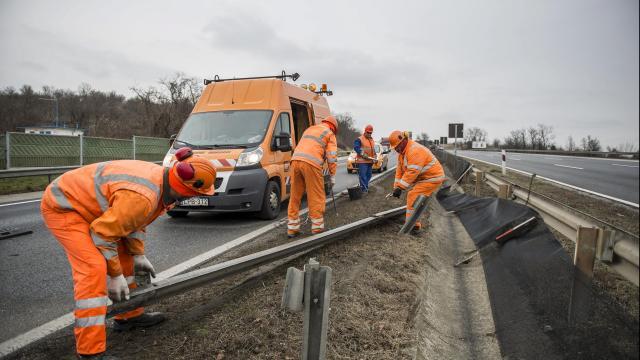 Megszűnik a felújítás miatti korlátozás az M1-es autópályán